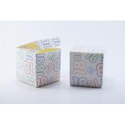 Scatolina Portaconfetti a forma di Cubo con Numero 18