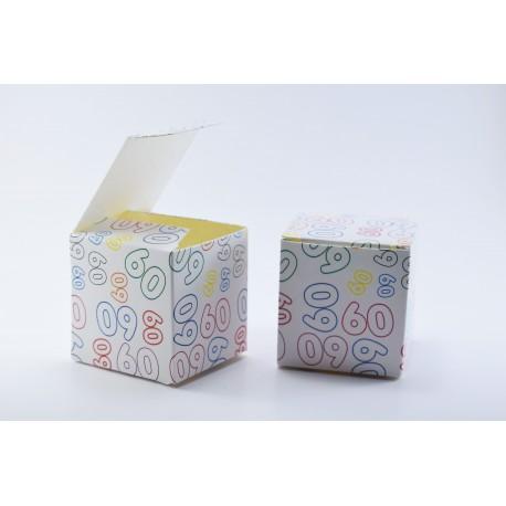 Scatolina Portaconfetti a forma di Cubo con Numero 60